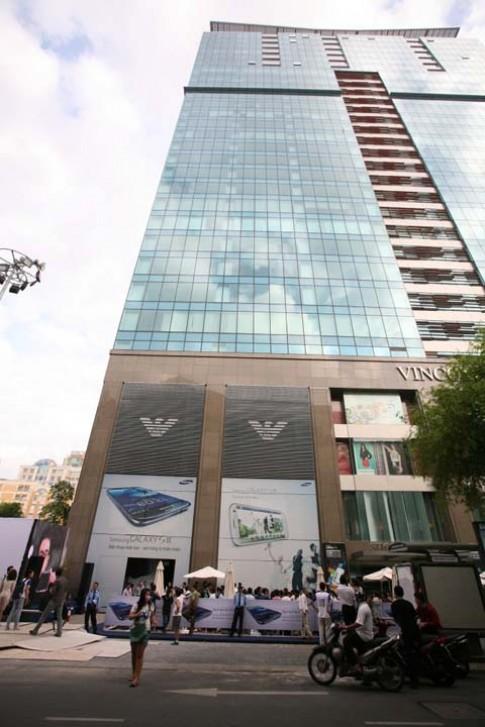 Người Sài Gòn xếp hàng mua Galaxy S III