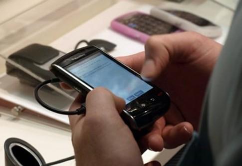 Người thu nhập cao dùng BlackBerry nhiều hơn iPhone, Android