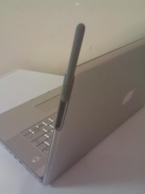 Nguyên mẫu MacBook Pro bản 3G xuất hiện