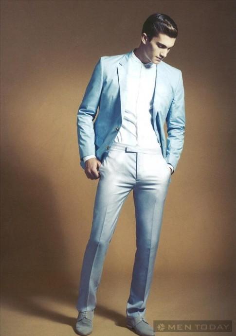 Nhẹ nhàng và lịch lãm với trang phục nam tông màu sáng