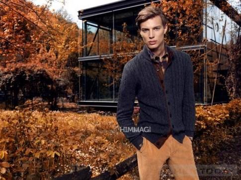 Những bộ suit cực đẹp và lãng mạn cho nam giới đón Thu