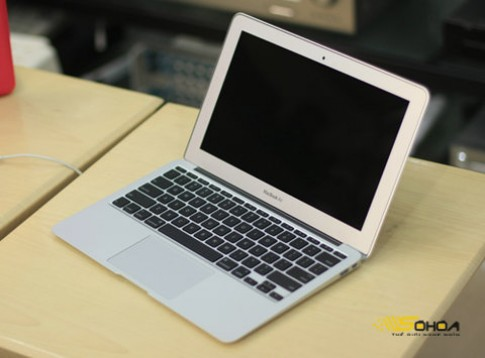 Những laptop tốt nhất năm 2010