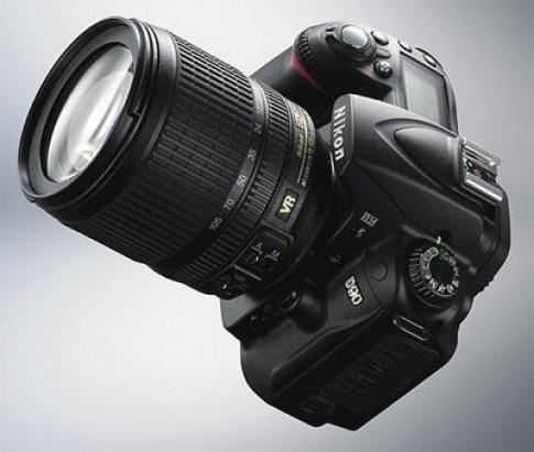 Những máy ảnh ống kính rời nổi bật nhất 2008