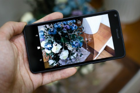 Những smartphone cấu hình tốt, giá chưa đến 4 triệu đồng