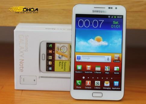 Những smartphone trắng đón Noel