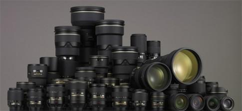 Nikon, Canon cùng 'khoe' doanh số ống kính rời