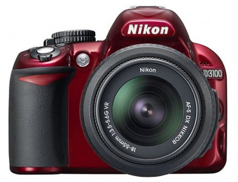 Nikon D3100 bản màu đỏ bắt đầu bán