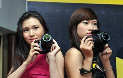 Nikon D5000 ra mắt dân chơi Việt