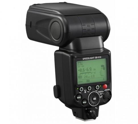 Nikon ra mắt đèn Speedlight cao cấp SB-910