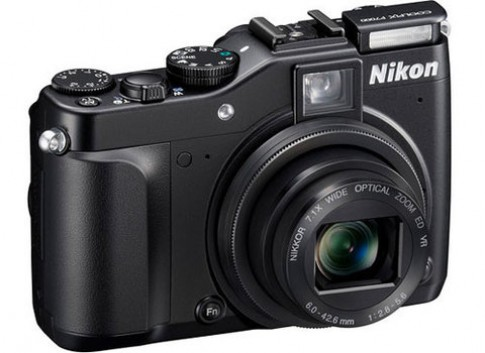 Nikon ra máy compact cho dân chuyên nghiệp và 2 mẫu thời trang