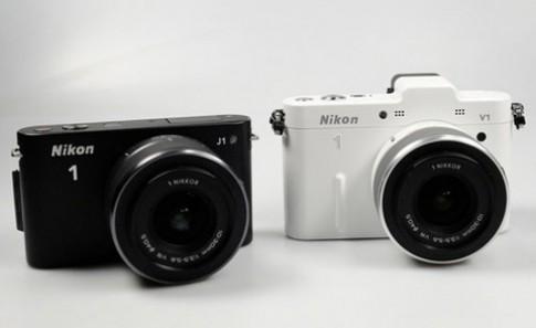Nikon V1 và J1 bắt đầu bán, giá tương ứng 16 và 14 triệu