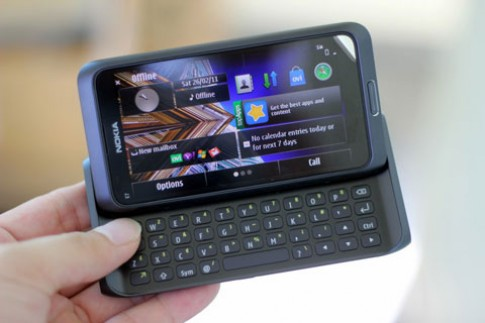 Nokia giảm giá một loạt di động