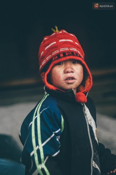 Nụ cười hồn nhiên của trẻ em Sa Pa co ro trong đợt rét lịch sử