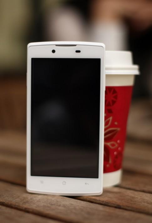 Oppo sắp ra smartphone giá rẻ màn hình cảm ứng siêu nhạy