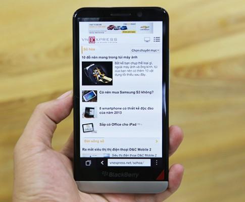 Phablet Z30 của BlackBerry về Việt Nam