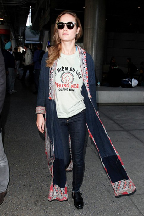 Quảng Bình tính in hình sao Hollywood trên áo lưu niệm