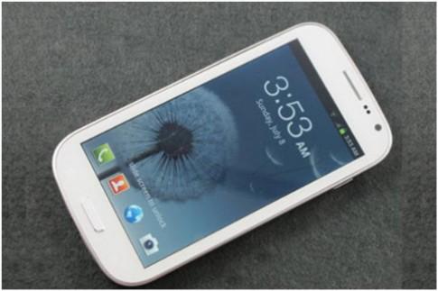 Revo S III Saigonphone - smartphone thời trang cho phái nữ