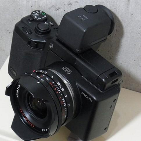 Ricoh GXR lắp được ống kính Leica