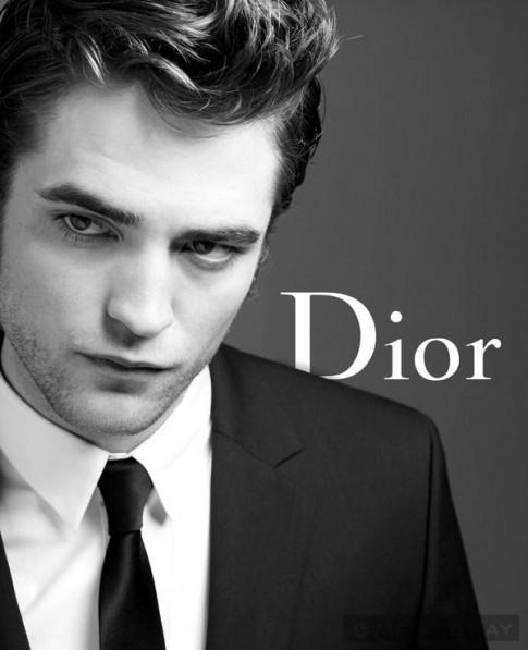 Robert Pattinson trở thành gương mặt mới của Dior