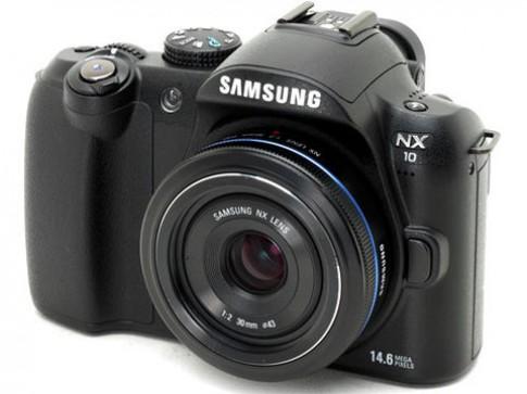 Samsung cập nhật firmware cho NX5 và NX10