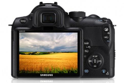 Samsung công bố lộ trình ra máy và ống NX