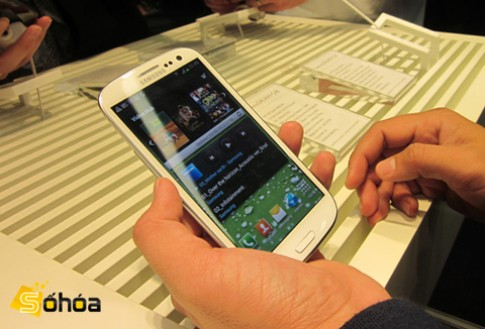 Samsung Galaxy S III vs. LG Optimus LTE2