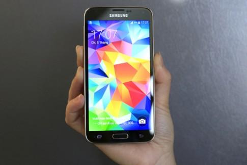 Samsung Galaxy S5 màu vàng xuất hiện ở Việt Nam