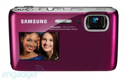 Samsung nâng đẳng cấp cho máy ảnh hai màn hình
