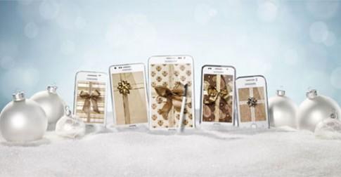 Samsung ra 5 smartphone màu trắng cho mùa Giáng sinh