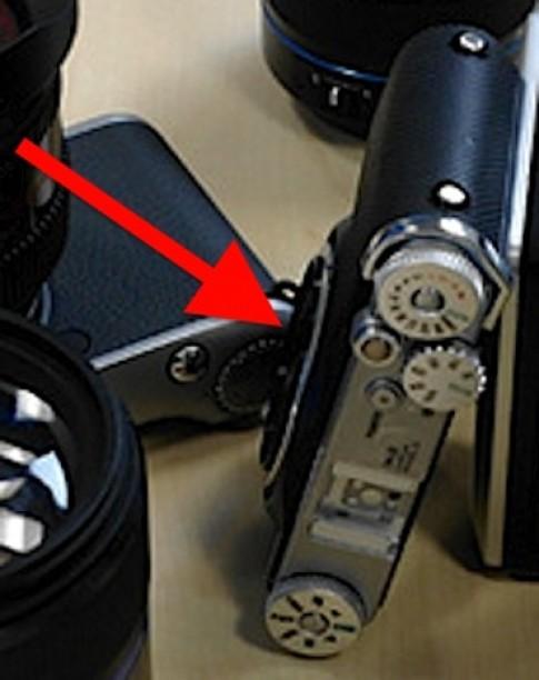 Samsung sắp ra đối thủ của Fujifilm X100