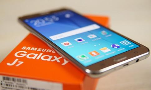 Samsung sắp ra Galaxy J7 mới có pin dùng 2 ngày