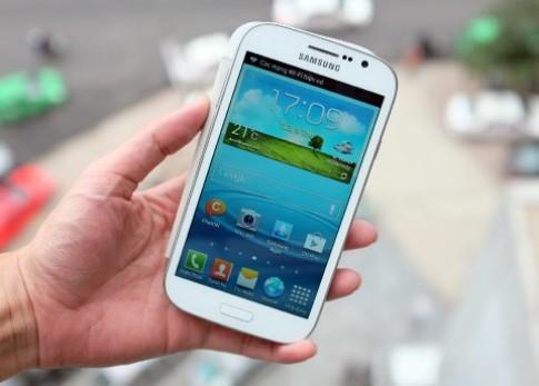 Samsung tập trung phân khúc smartphone màn hình lớn