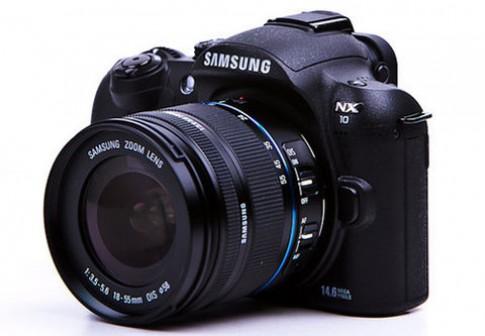 Samsung thêm máy ảnh không gương lật