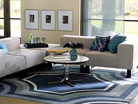 Sắp xếp bàn ghế trong phòng khách