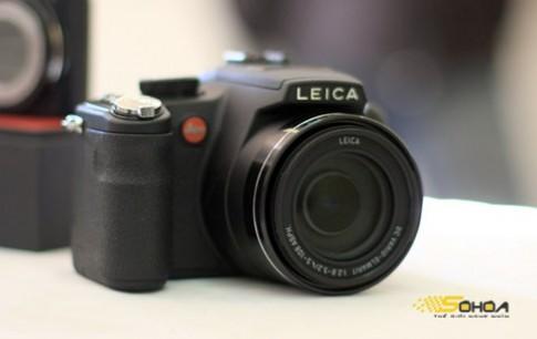 Siêu zoom của Leica giá gần 23 triệu đồng tại VN