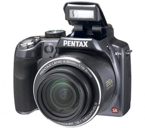 Siêu zoom X90 mới của Pentax