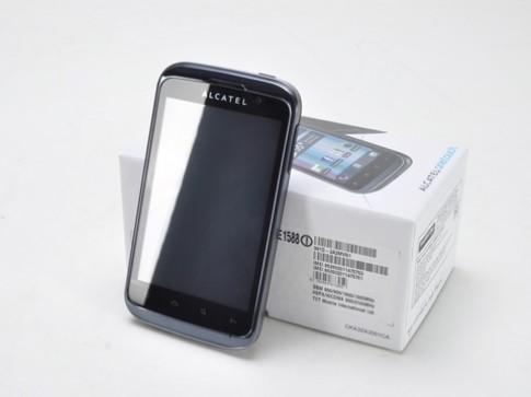 Smartphone 2 sim, màn hình 4 inch giá rẻ mới của Alcatel