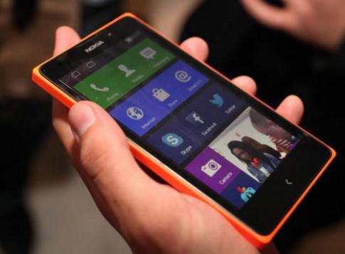 Smartphone Android 5 inch giá rẻ của Nokia bắt đầu bán