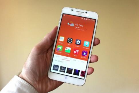 Smartphone Android bao mat bang cach quet vong mac mat