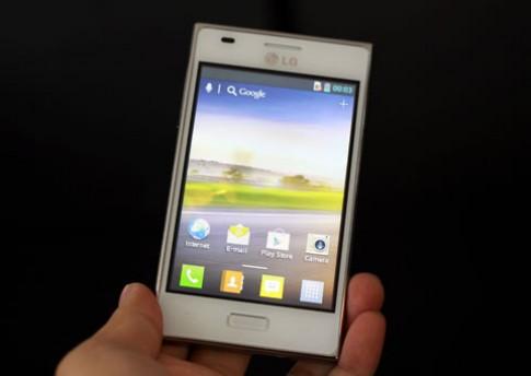 Smartphone chạy Android 4.0 rẻ nhất của LG về Việt Nam