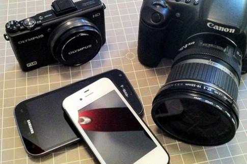 Smartphone đang dần thay thế máy ảnh du lịch