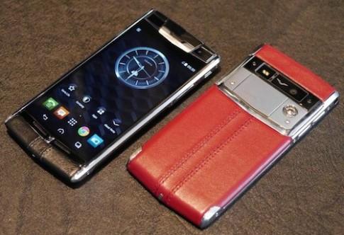 Smartphone hạng sang Vertu - Bentley sắp trình làng