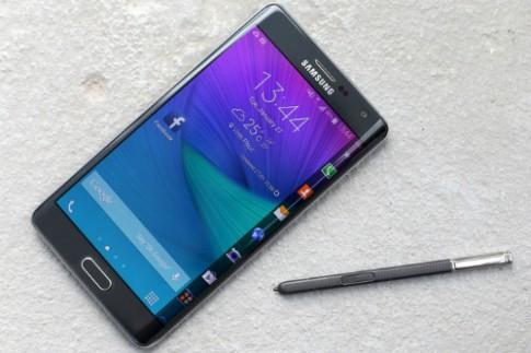 Smartphone 'khủng' về Việt Nam đầu 2015