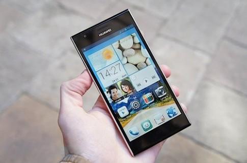 Smartphone siêu mỏng dùng chip bốn lõi của Huawei