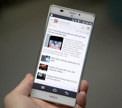 Smartphone Sky Vega Iron về Việt Nam giá 16 triệu đồng
