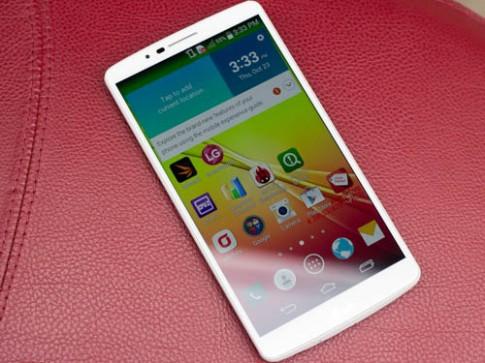 Smartphone tám nhân đầu tiên của LG xuất hiện tại Việt Nam