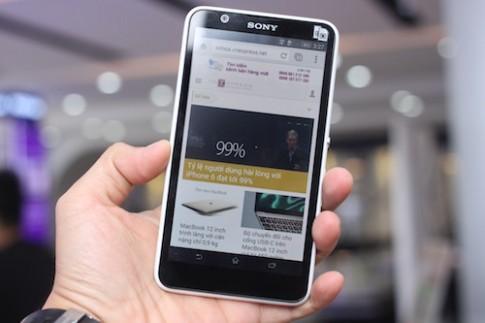 Smartphone viền màn hình mỏng của Sony giá 3,3 triệu đồng