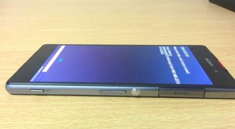 Smartphone Xperia lạ của Sony lộ ảnh thực tế