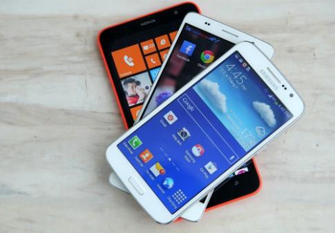 So sánh bộ ba smartphone màn hình lớn giá tốt