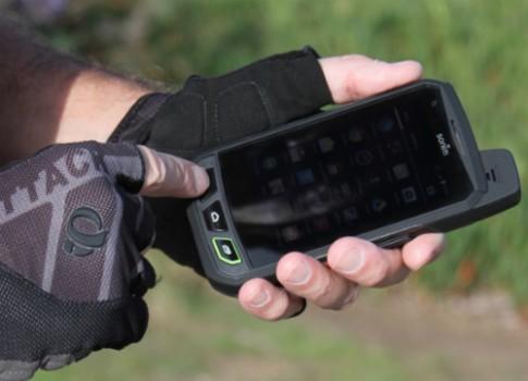 Sonim ra smartphone Android 'nồi đồng cối đá'